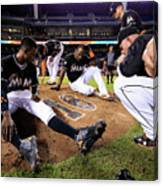 New York Mets V Miami Marlins Canvas Print