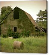 Abandoned Barn And Hay Roll 2018d Canvas Print