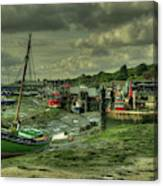 Boats At Leigh On Sea  Canvas Print