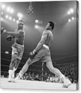 Boxer Ali Dodging A Punch From Frazier Canvas Print