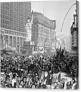 Celebrants In Times Square On V-e Day Canvas Print