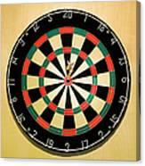 Dart In Bulls Eye On Dart Board Canvas Print