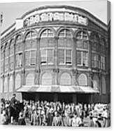 Fans Leave Ebbets Field Canvas Print
