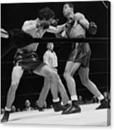 Joe Louis And Billy Conn In Boxing Match Canvas Print