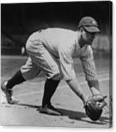 Lou Gehrig At First Canvas Print