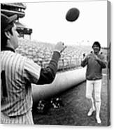 Mets Tom Seaver Warms Up Jets Joe Canvas Print