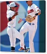 Minnesota Twins V Cleveland Indians Canvas Print
