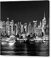 New York City Nyc Skyline Midtown Manhattan At Night Black And White Canvas Print