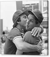 Reds Johnny Bench Kissing Mets Tom Canvas Print