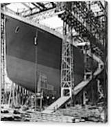 Titanic In Belfast Dry Dock 1911 Canvas Print