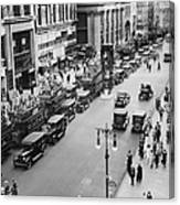 Traffic On Fifth Avenue In 1923 Canvas Print