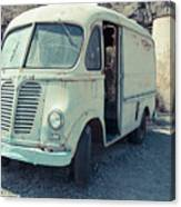 Vintage International Harvester Metro Delivery Van Canvas Print