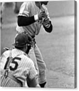 Willie Mays Of The San Francisco Giants Canvas Print
