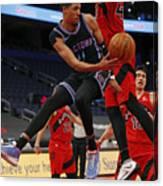 Sacramento Kings v Toronto Raptors Canvas Print