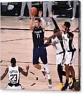 Los Angeles Clippers v Dallas Mavericks - Game Four Canvas Print