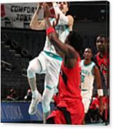 Toronto Raptors v Charlotte Hornets Canvas Print