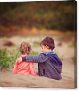 Beach hugs Canvas Print