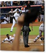 Dee Gordon and Andrew Susac Canvas Print