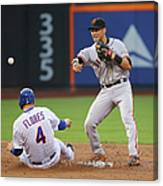 Joe Panik And Wilmer Flores Canvas Print
