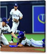 Willy Adames Canvas Print