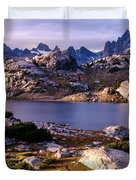 Island Lake And Wind River Range Duvet Cover