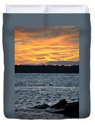 005 Awe In One Sunset Series At Erie Basin Marina Duvet Cover