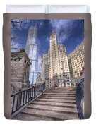 0499 Trump Tower And Wrigley Building Chicago Duvet Cover