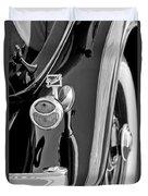 1932 Buick Series 60 Phaeton Taillight Duvet Cover