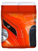 1948 Anglia 2-door Sedan Grille Emblem Duvet Cover
