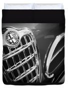 1957 Alfa-romeo 1900c Super Sprint Grille Emblem Duvet Cover
