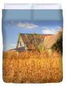 Abandoned Farmhouse In Field 3 Duvet Cover