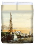 Discovery On The Banks Of The River Thames London Duvet Cover