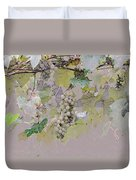 Hanging Thompson Grapes Sultana Duvet Cover