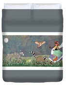 Hilda Wasn't Alone Anymore. Duvet Cover