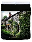 Old Terrace Houses - Peak District - England Duvet Cover