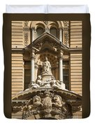 Statue Of Queen Victoria At Town Hall Of Sydney Australia Duvet Cover