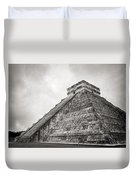 The Famous Kulkulcan Pyramid At Chichen Itza Duvet Cover