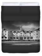 The Stanley Hotel Panorama Bw Duvet Cover