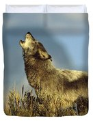 Timber Wolf Howling Idaho Duvet Cover