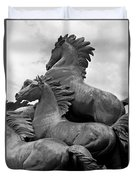 Wild Mustang Statue Duvet Cover
