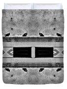 16 Pigeons On A Pharaoh's Tomb Duvet Cover