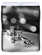 1931 Bentley 4.5 Liter Supercharged Le Mans Hood Emblem -1122bw Duvet Cover