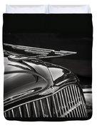1935 Duesenberg Hood Ornament Duvet Cover