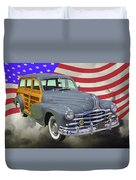 1948 Pontiac Silver Streak Woody And American Flag Duvet Cover