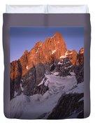 1m9380-sunrise On The North Face Of Grand Teton Duvet Cover