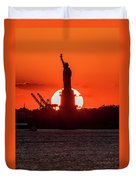 Statue Of Liberty Sunset. Nyc Harbor Duvet Cover