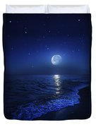 Tranquil Ocean At Night Against Starry Duvet Cover