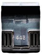1970 Oldsmobile 442 Grille Emblem Duvet Cover
