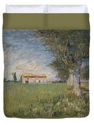 Farmhouse In A Wheat Field Duvet Cover