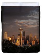 Seattle Skyline With Space Needle And Stormy Weather Duvet Cover